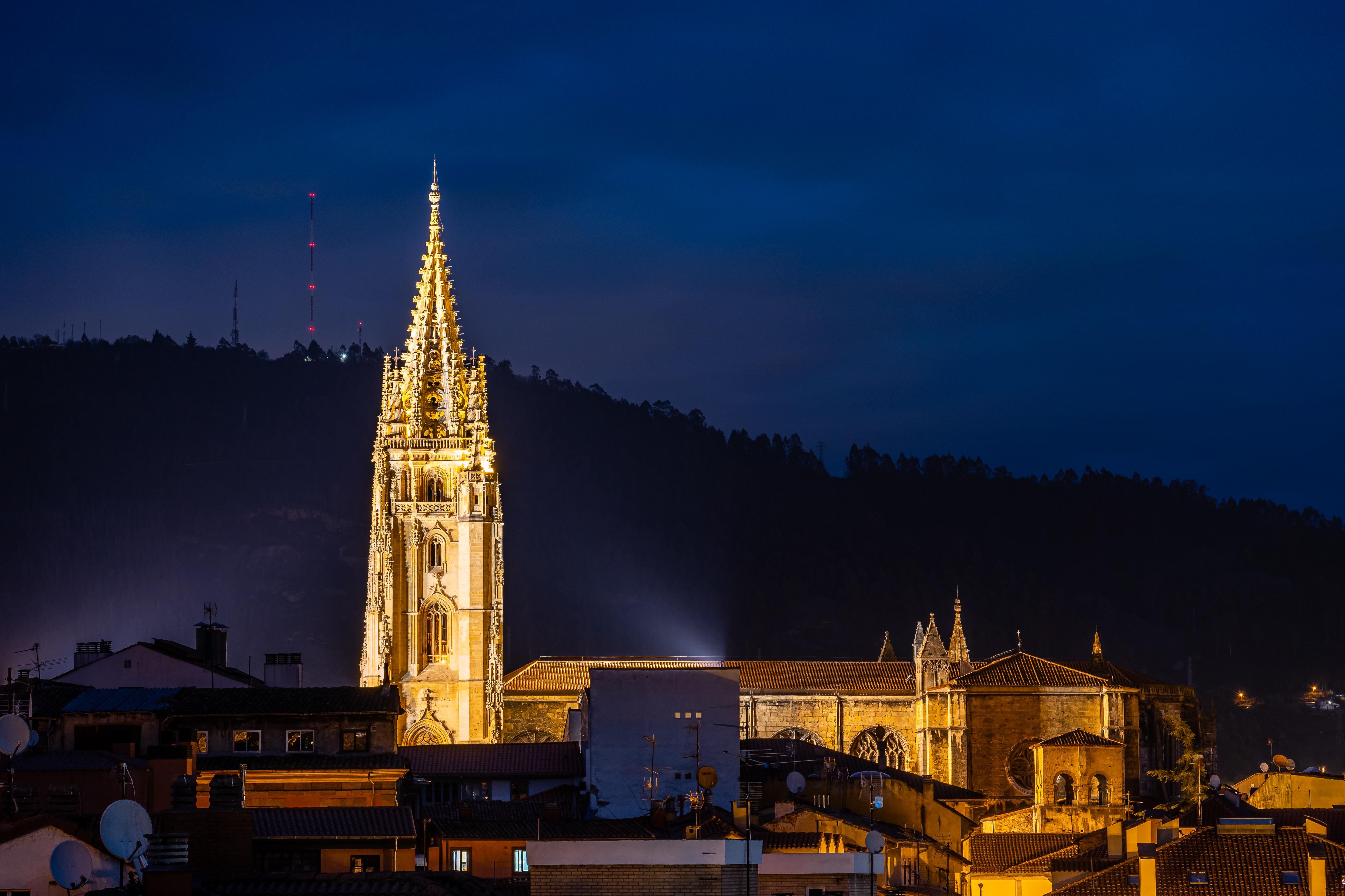 #11/52 Catedral de Oviedo